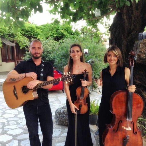 Zeynep Demirkan Trio