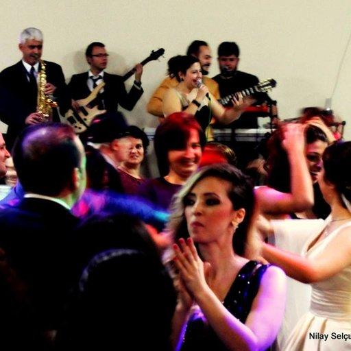 NİLAY SELÇUK & Popüler Orkestra