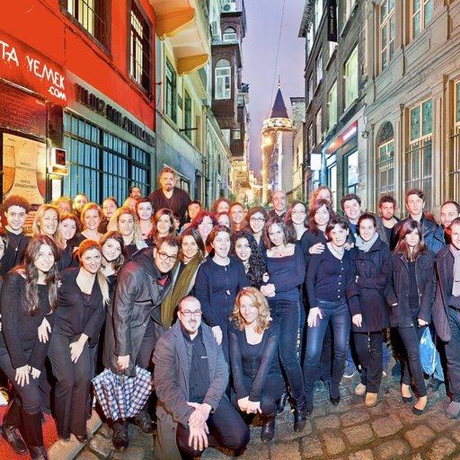 Ladies & Gentlemen İstanbul Müzikal Topluluğu