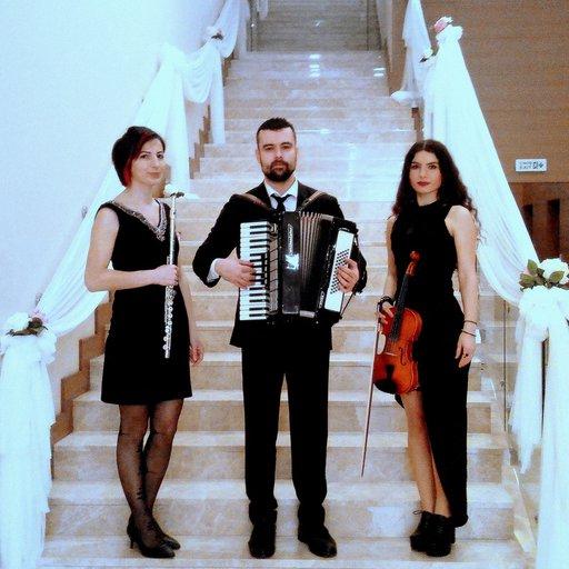Fonza Trio Karşılama, Açılış, Lansman Ekibi